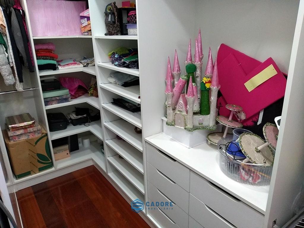 Foto de Linda casa mobiliada no bairro Petrópolis
