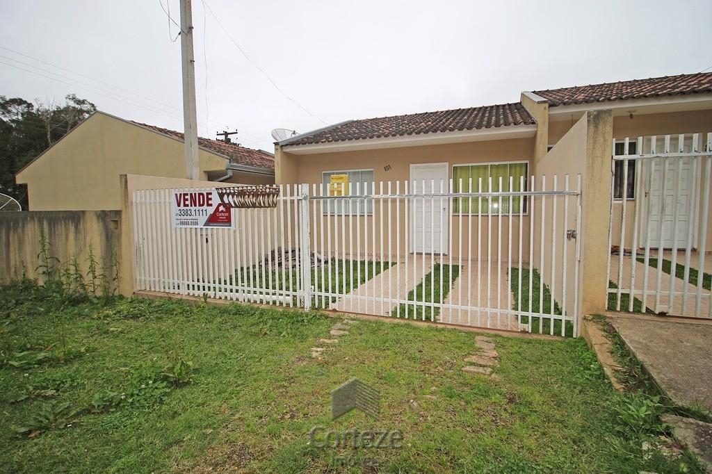 Casa com 2 quartos no centro de Tijucas