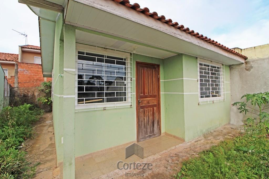 Casa 2 quartos com quintal em Campo Largo