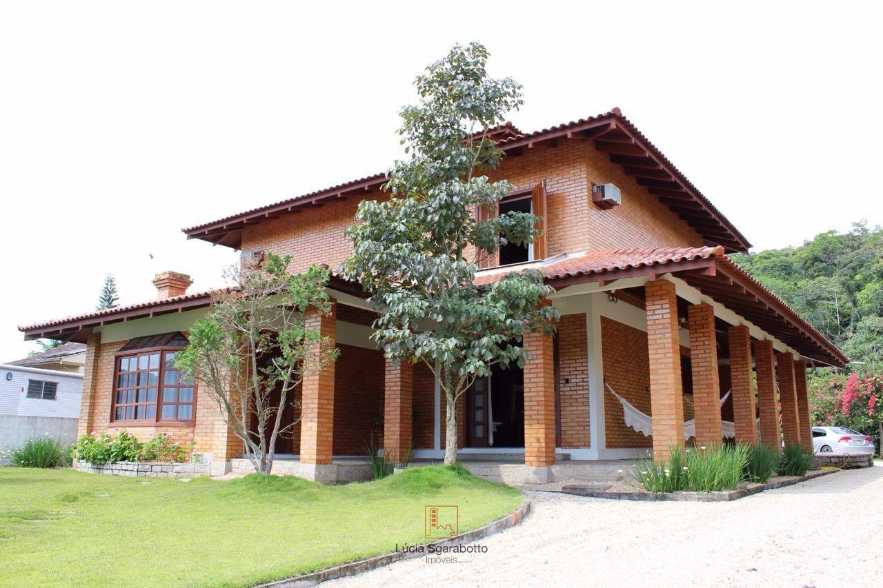 Casa Alto Padrão em Guabiruba - SC